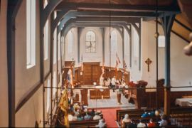 KA05-1984-04-22-Engelse-Kerk-Interieur-Begijnhof-Amsterdam