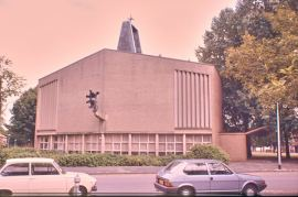 KA10-1984-08-06-Geref-Kerk-dOlijftak-Burg-Rendorpstraat-Adam